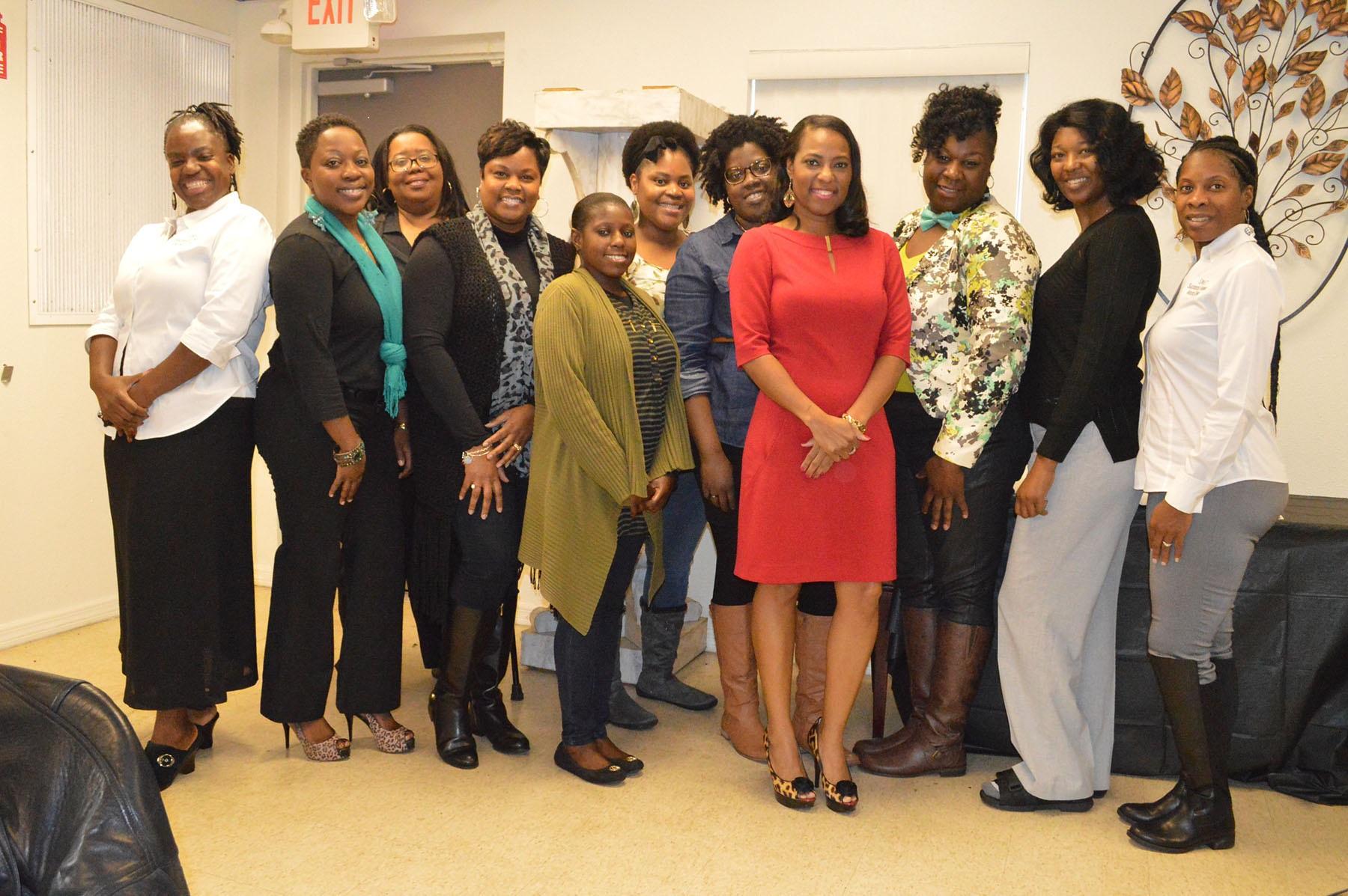 WOMEN'S ORGANIZATION HOSTS VISION BOARD WORKSHOP
