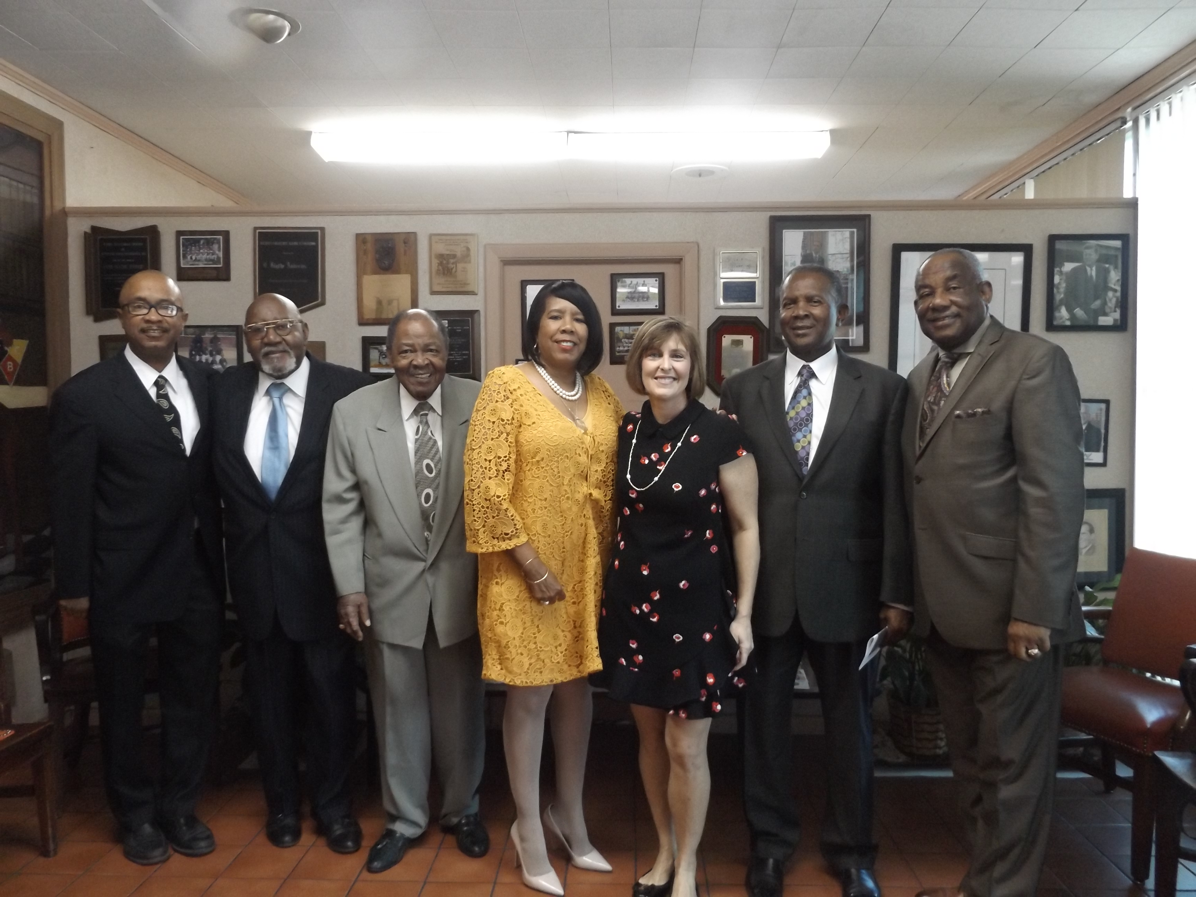Congresswoman Castor  Visits The Florida Sentinel Bulletin