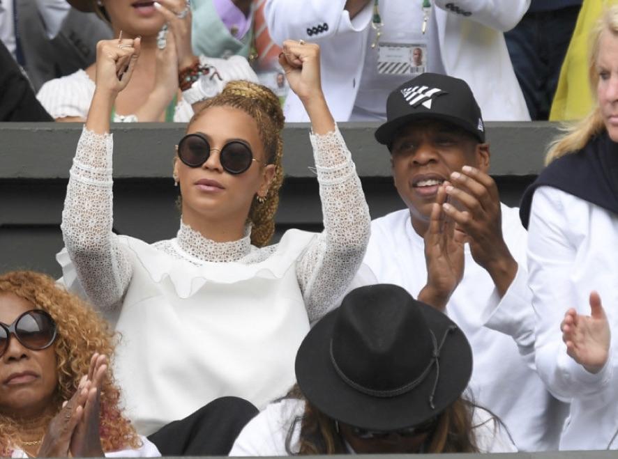 Beyonce And Jay Z Cheer Serena On At Wimbledon