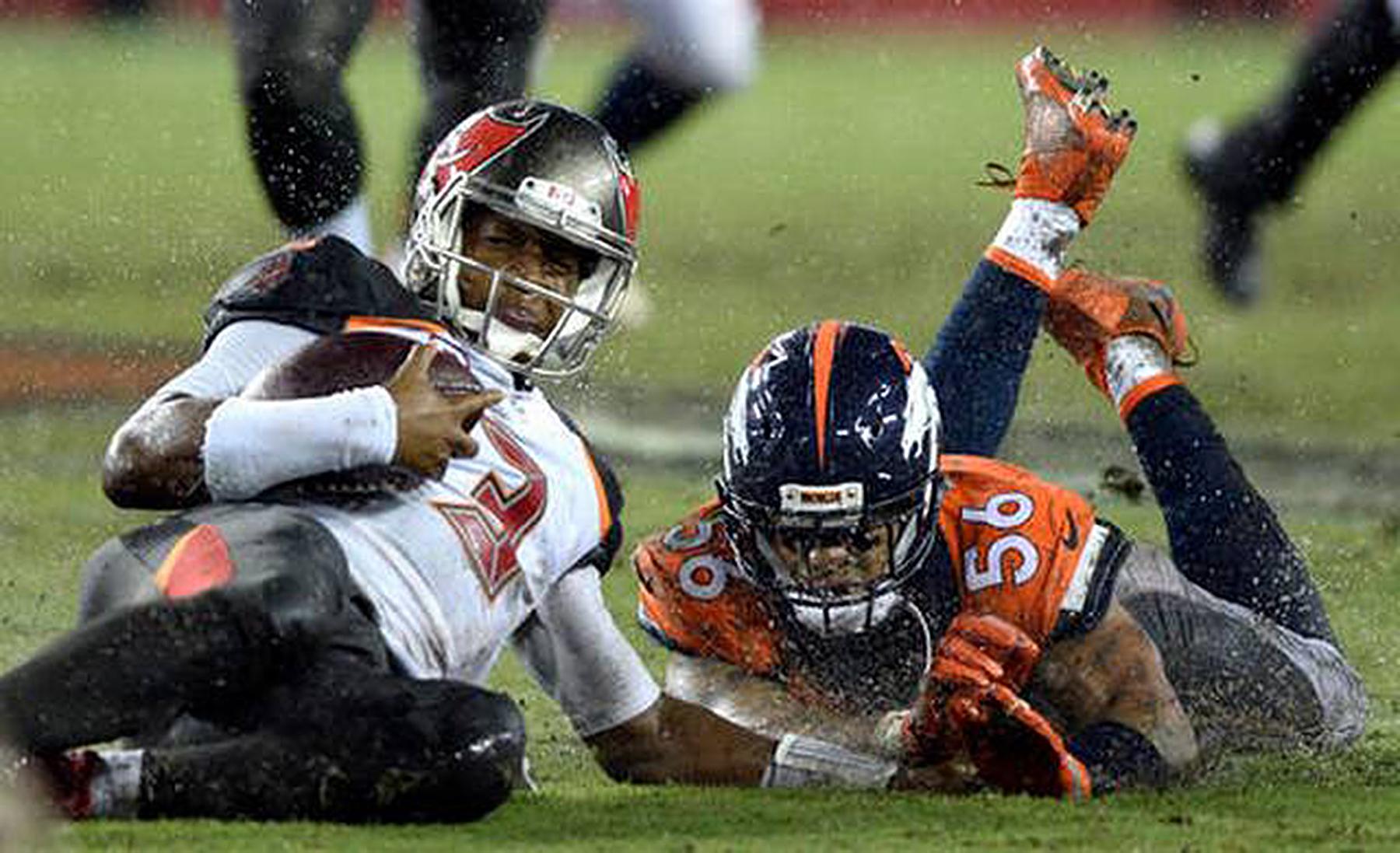 Bucs Lose Third Straight To Broncos