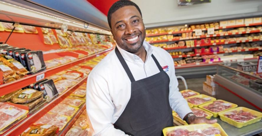 Former NFL Superstar Opens Up Grocery Store