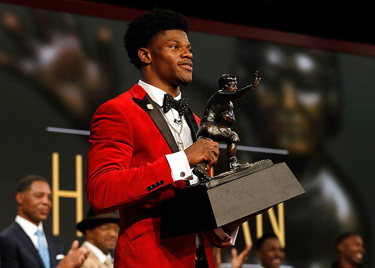 Louisville Quarterback Lamar Jackson Wins The Heisman Trophy