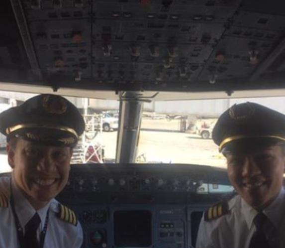 Delta Pilots Make History