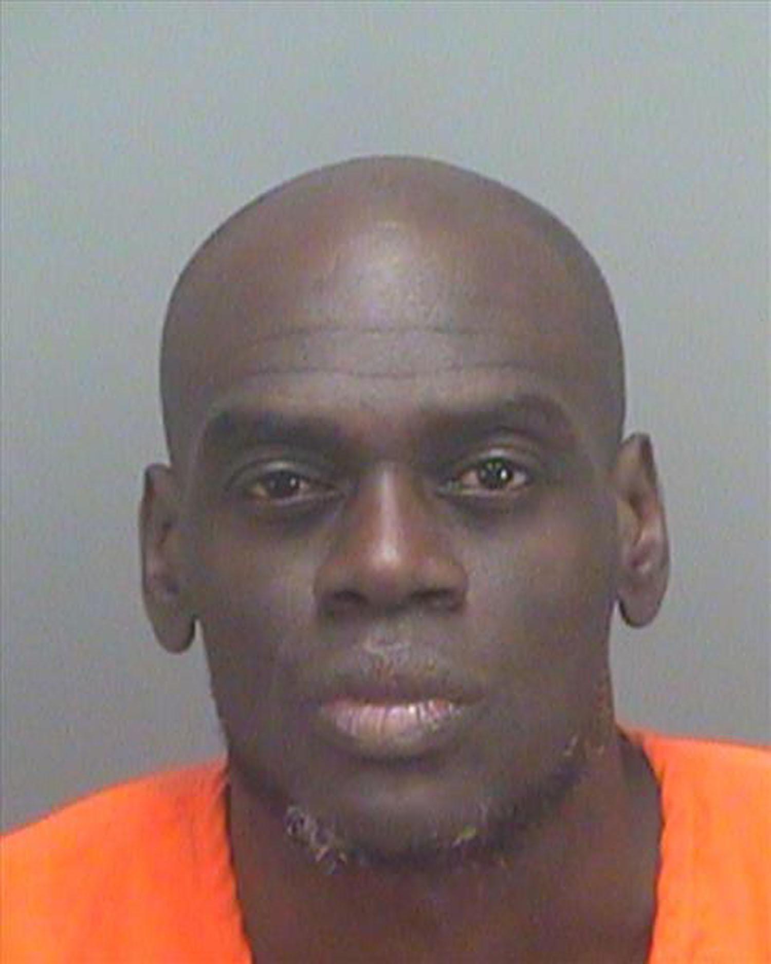 Convicted Felon Pleads To Having Guns, Ammunition