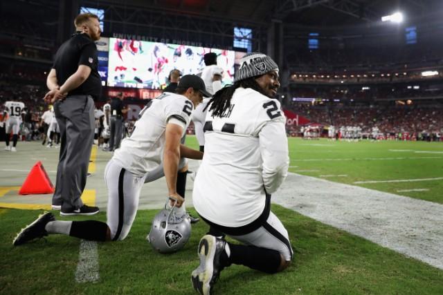 Marshawn Lynch Kneels During National Anthem At Preseason Game