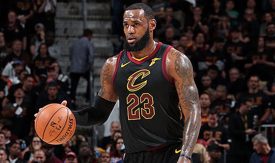 LeBron James Passes Michael Jordan For Most 30-Point Postseason Games