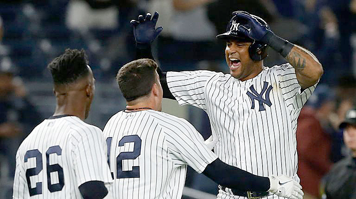 Yankees ClinchPlayoff Spot On Aaron Hicks's Walk-Off