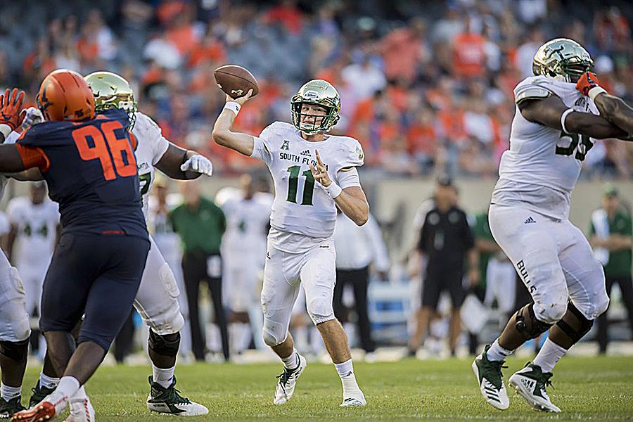 USF Escapes With 25-19 Comeback Win Over Illinois