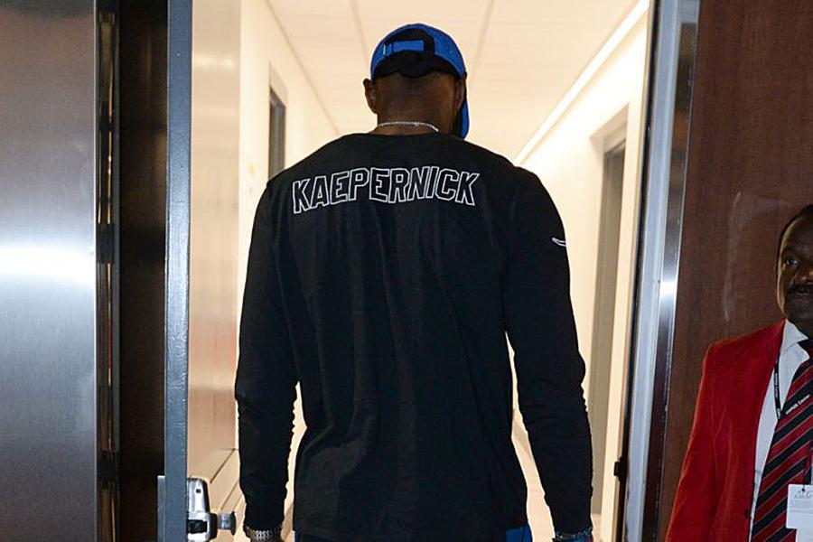 LeBron James Wears Kaepernick Shirt To Lakers Game