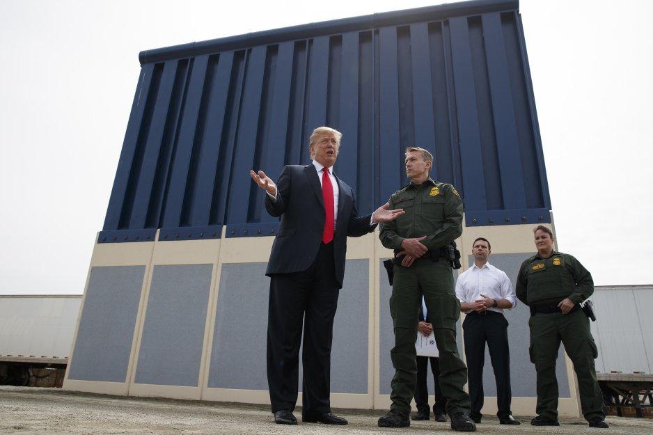 trump-criticizes-california-over-lawsuit-against-border-wall