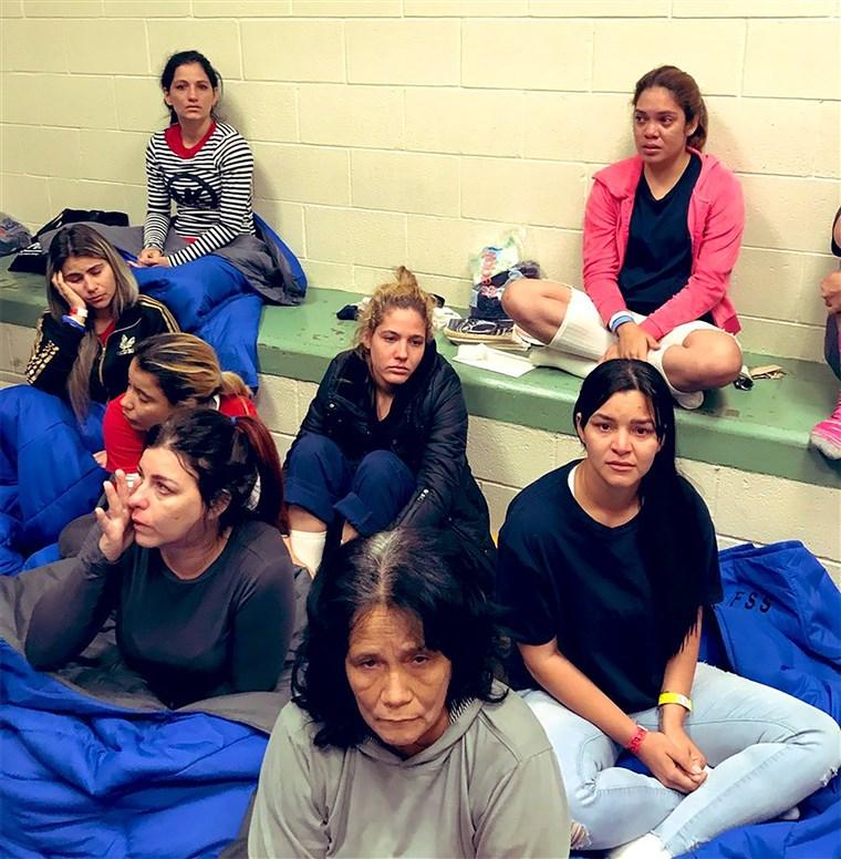 190701-migrant-women-clint-border-patrol-station-ac-851p_e3bac91b39d86d37d7f33f76d3dc268b.fit-760w