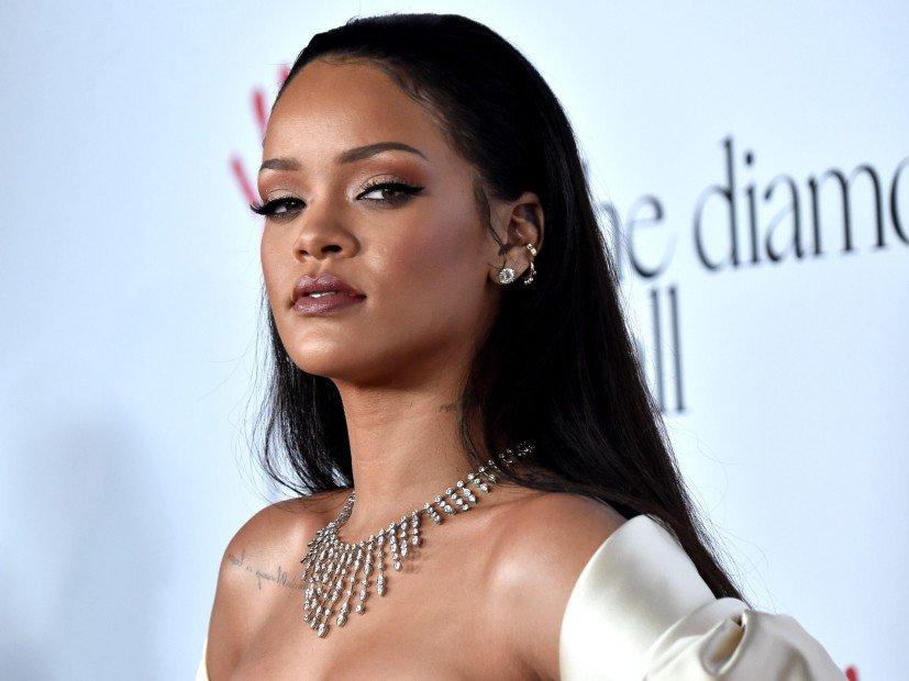 180527-Rihanna-827x620