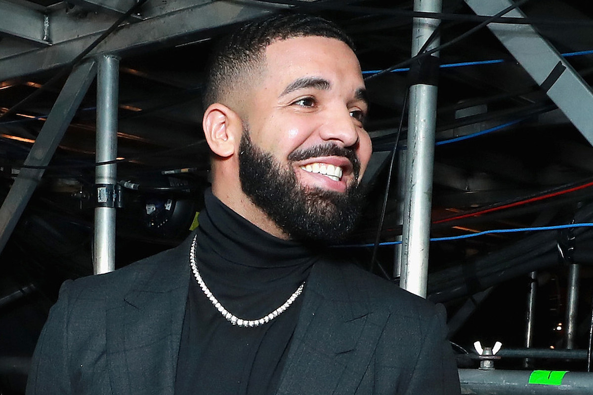 Drake-Rocking-In-Paris