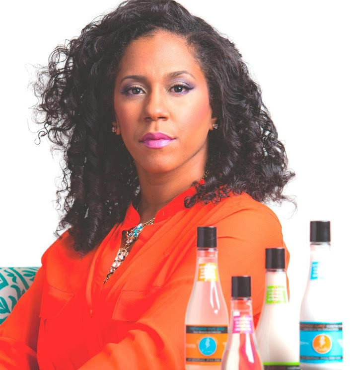 Curls-CEO-and-Founder-Mahisha-Dellinger-1-1
